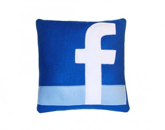 Coussin facebook