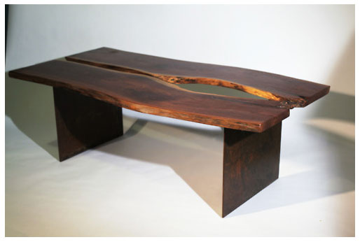 walnut table - table design végétale