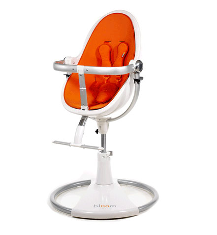 Chaise haute pour enfants - vue de face