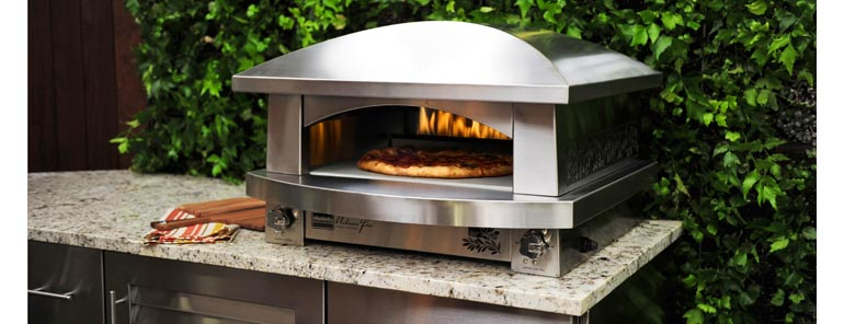 four pizza oven design et performances. Black Bedroom Furniture Sets. Home Design Ideas