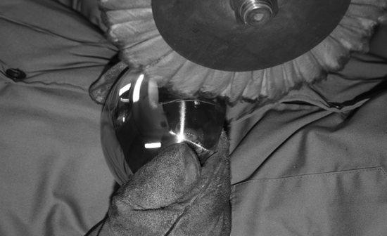 Polissage des meubles en acier Riluc