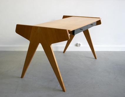 les classiques du design de 1945 1985 chez kissthedesign. Black Bedroom Furniture Sets. Home Design Ideas