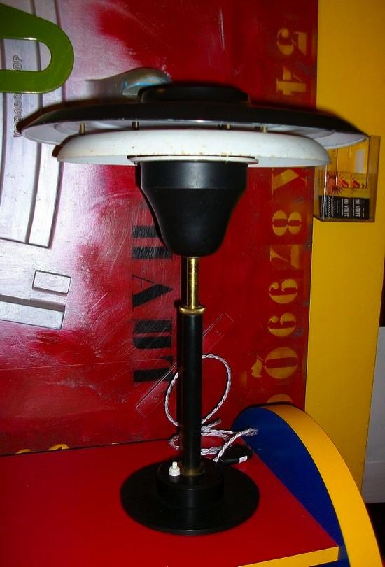Lampe noire de 1950