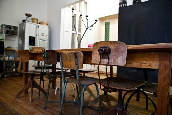 Cuisine avec chaise style industriel