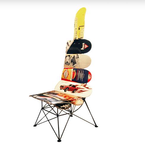 Fauteuil réalisé avec des planches de skate récupérées