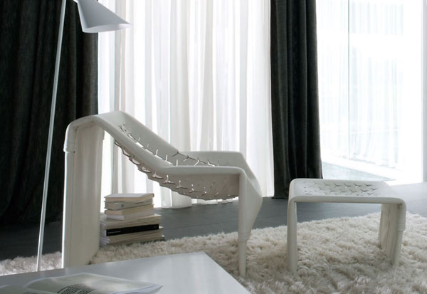 fauteuil et repose pieds Skin par le designer Jean Nouvel