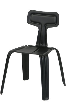 Chaise en métal noire