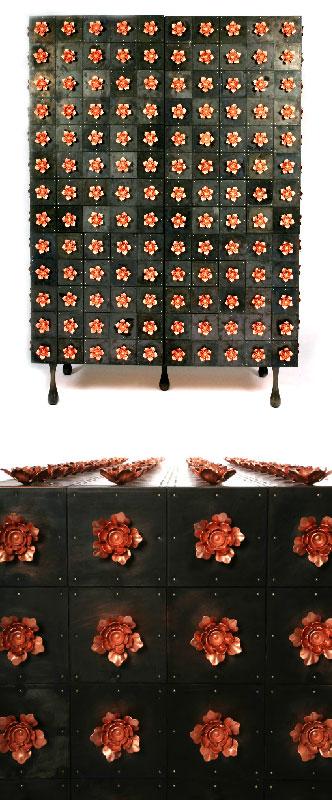 Armoire métal noir avec motifs de fleurs en acier