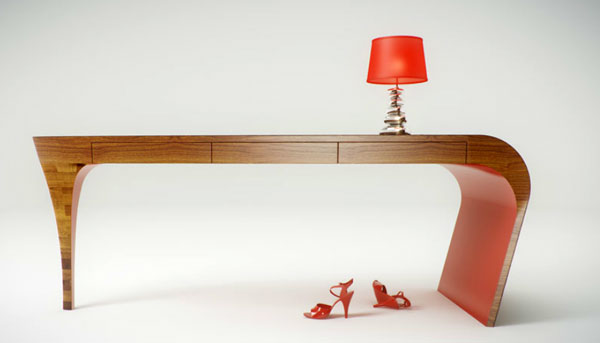 Table design stiletto en forme de chaussure talon aiguille for Bureau design 3 suisses