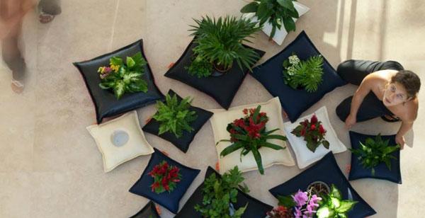 Collection de coussins pots de fleurs Libel