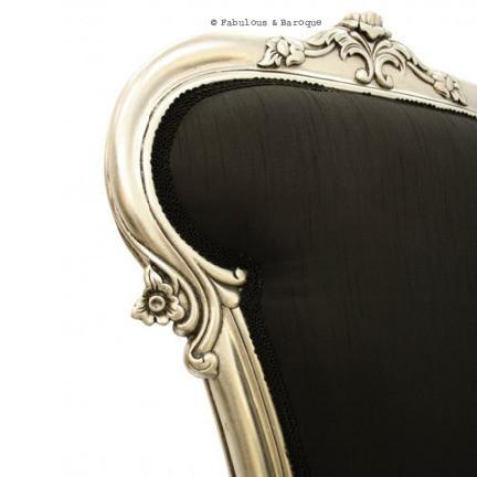 Détail d'une chaise baroque