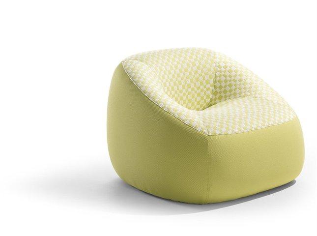 Fauteuil design en tissus Swamp par Artifort