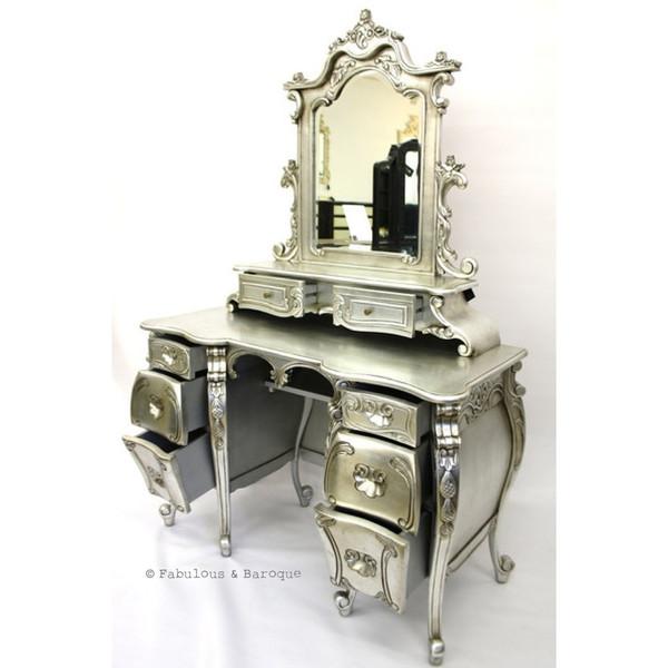 Meubles classiques baroques modernisés le design rococo par