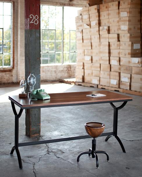 table de cuisine et tabouret bois