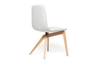 """Chaise """"Bamby"""" par Noé Duchaufour-Lawrance"""