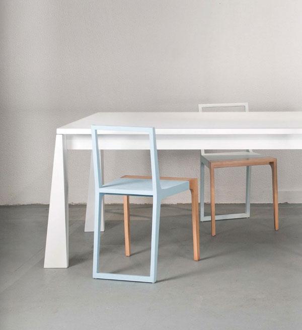 table et chaises en bois