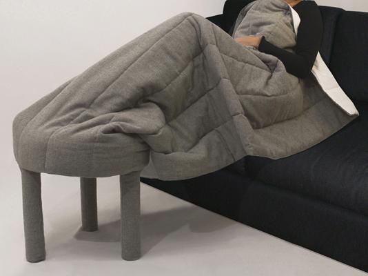 Au chaud sur le canapé
