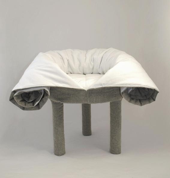 Le fauteuil repose-pied collerette pour Casamania